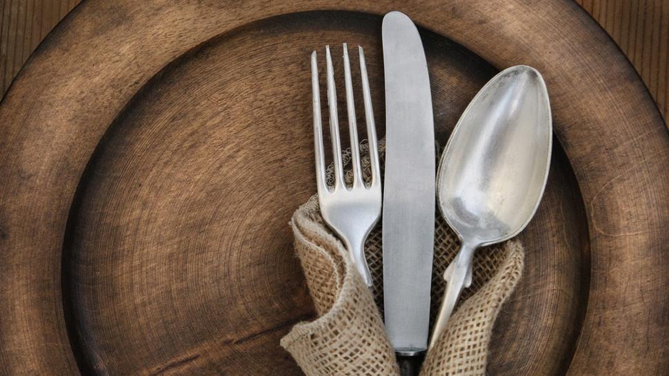 coltelli forchette cucchiai storia