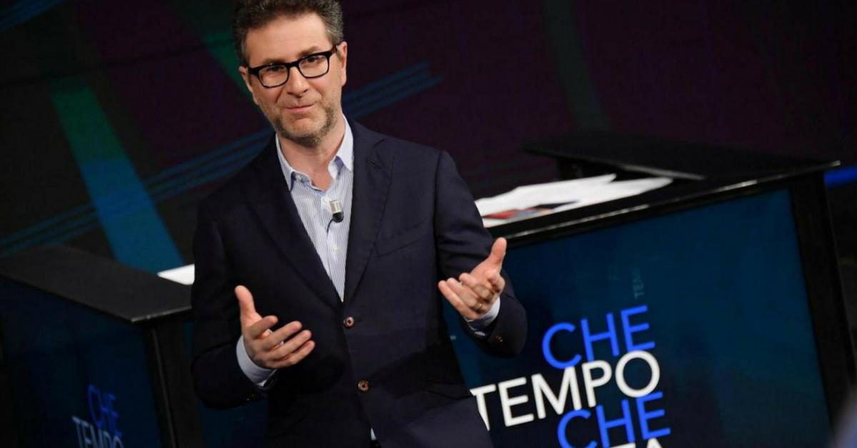 """Fabio Fazio e l'annuncio nell'ultima puntata di Che tempo che fa: """"Il programma continuerà in ogni caso"""""""