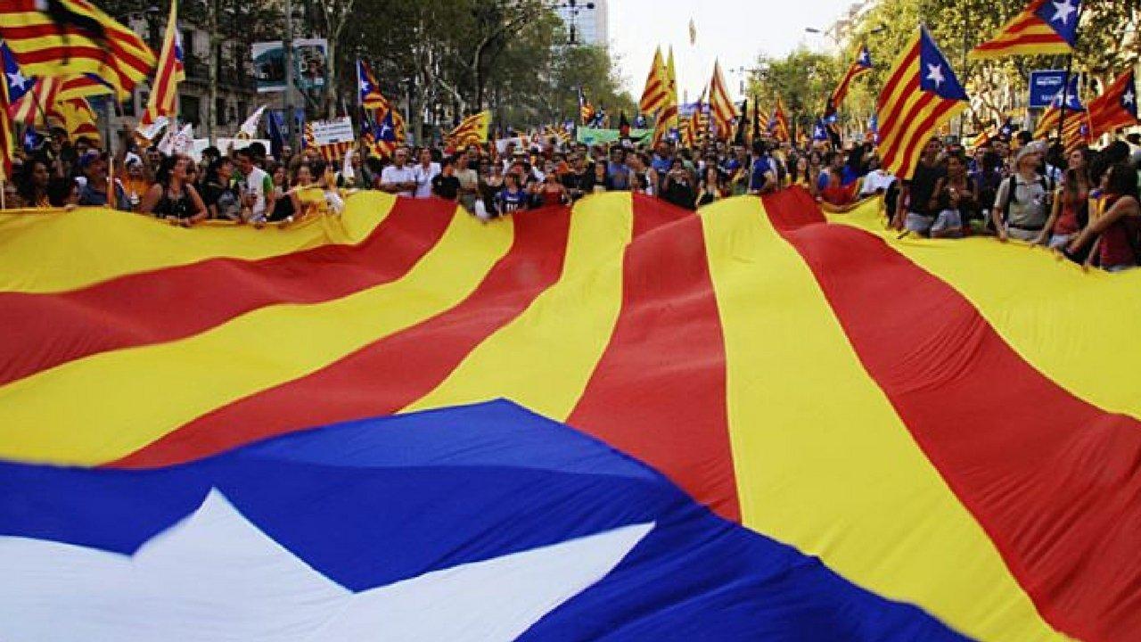 catalòogna indipendenza parlamento