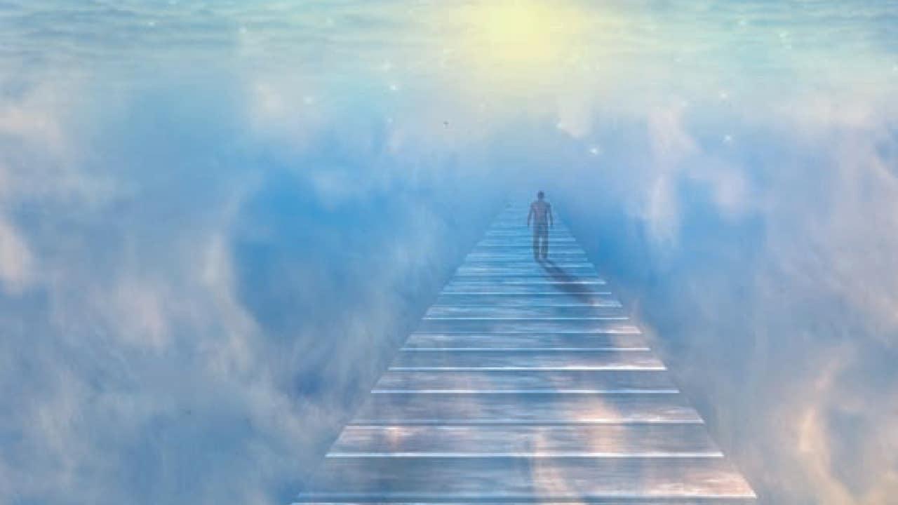 Aldilà: cosa c'è dopo la morte? Testimonianze e scienza parlano