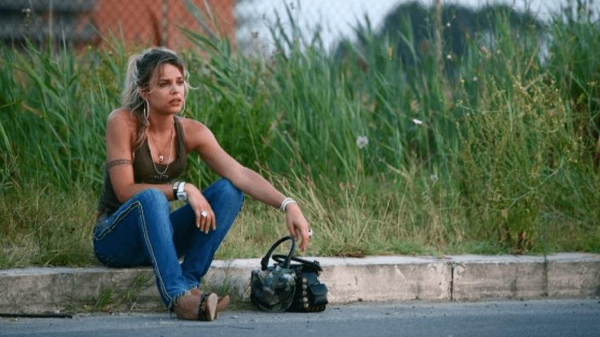 Micaela Ramazzotti sul set di Tutta la vita davanti