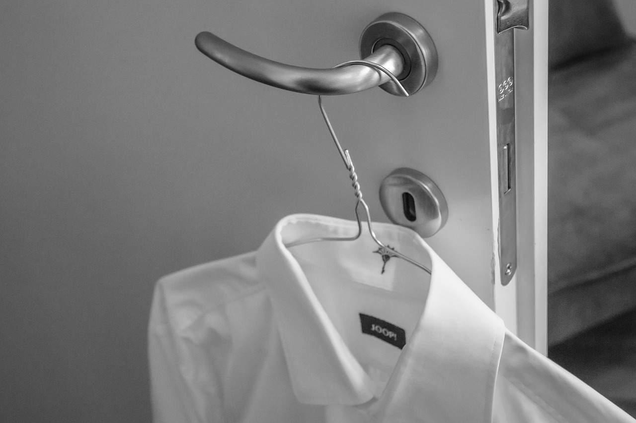 Camicia bianca: tutti i modi per indossarla