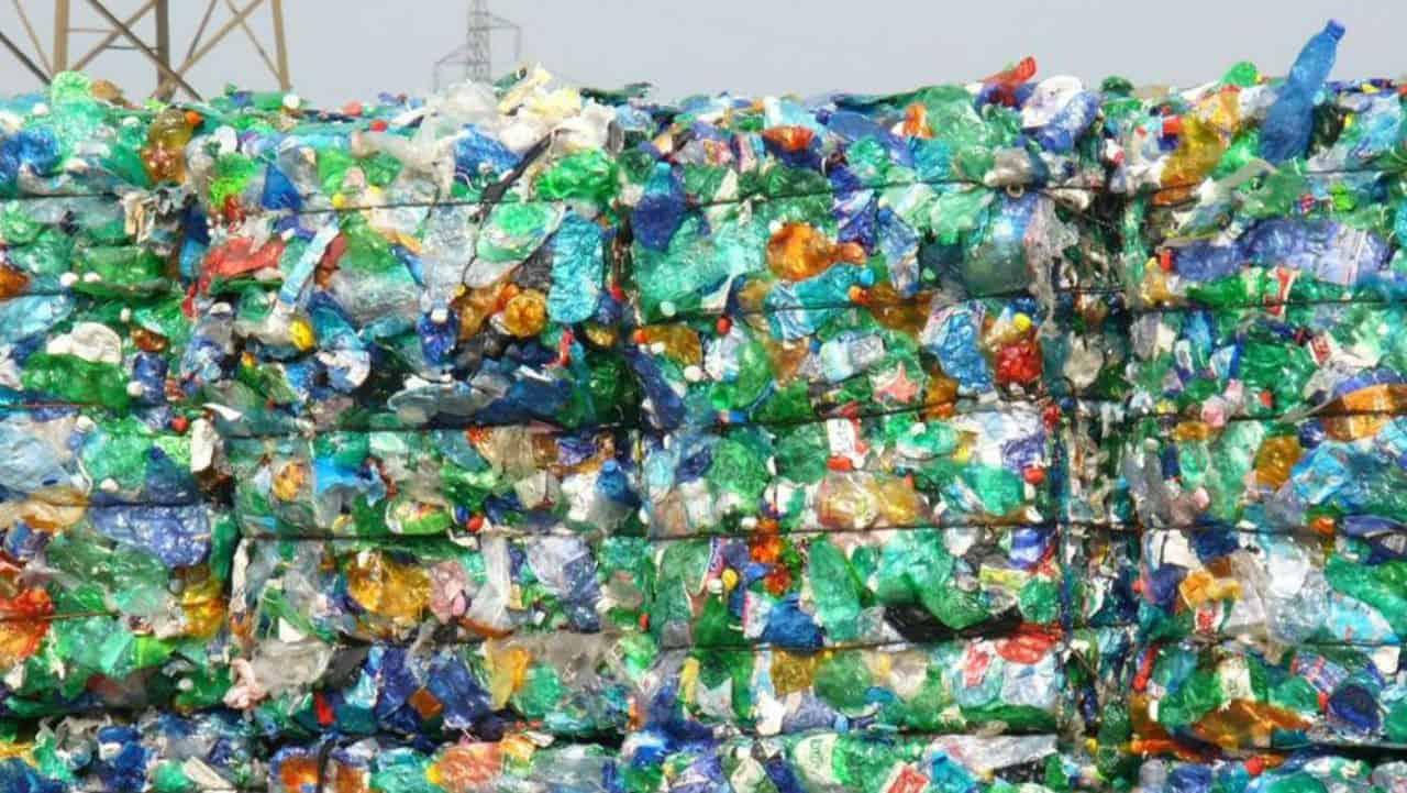 Tassa sulla plastica: l'ultima idea dell'UE