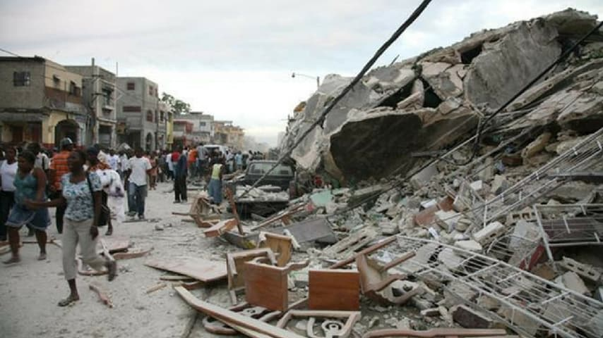 Una foto del disastro causato dal terremoto del 2010