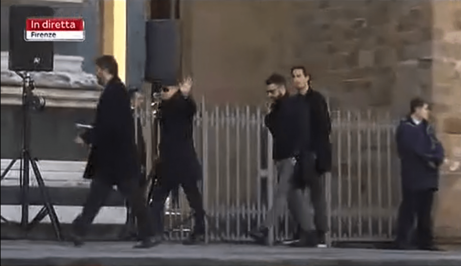 L'arrivo di Diego Della Valle in Santa Croce per i funerali