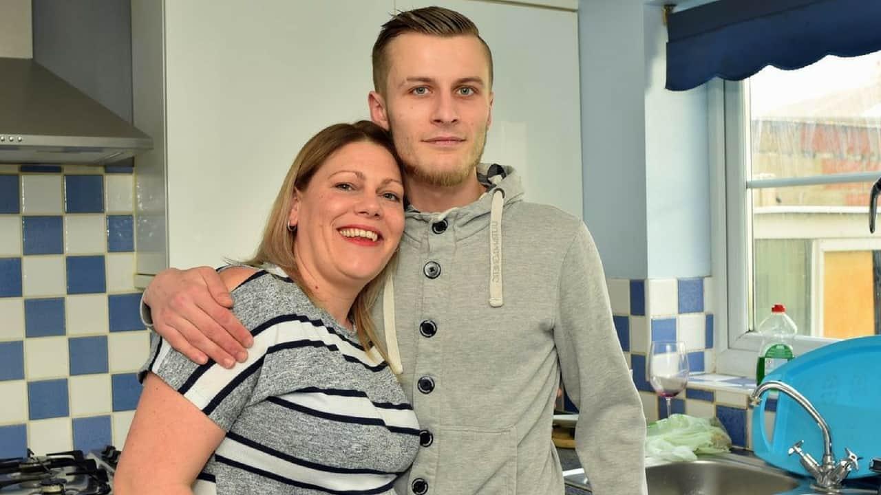 La bellissima storia della mamma che ha ospitato un giovane senzatetto