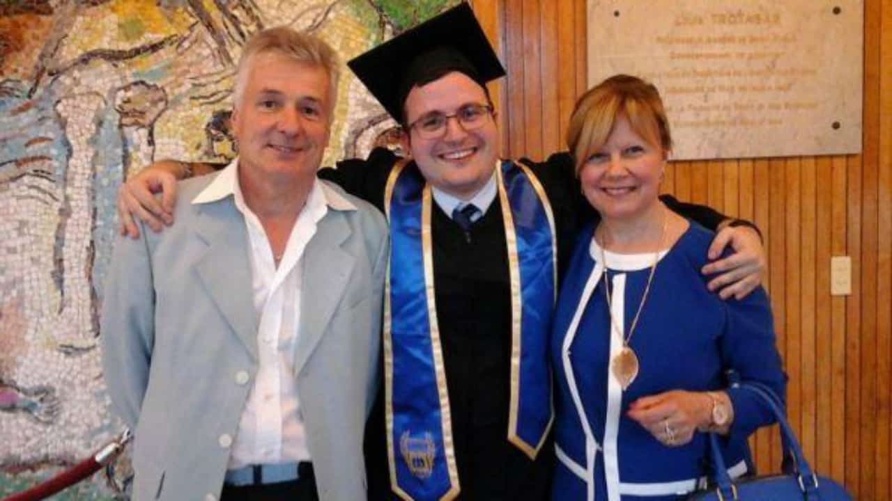 Fabrizio con i genitori