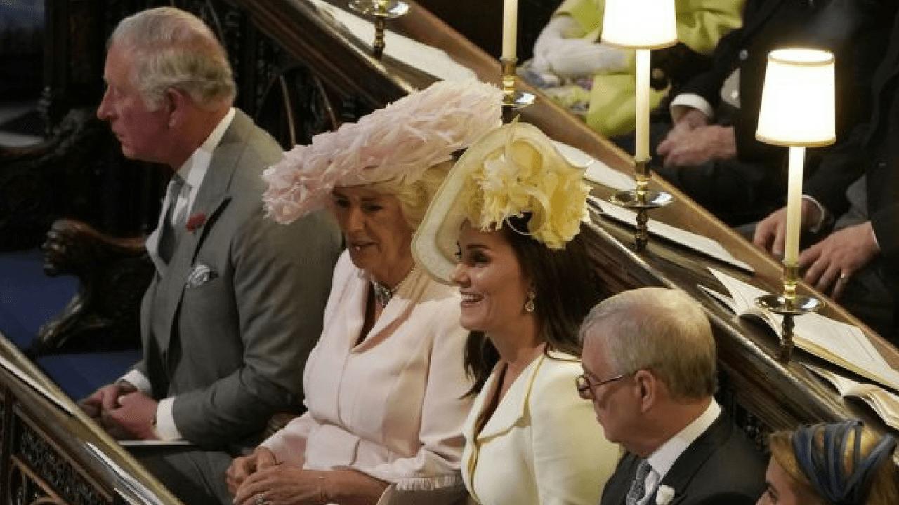 aspetto estetico negozio del Regno Unito vendite all'ingrosso Il principe Harry regala l'anello di mamma Diana alla ...
