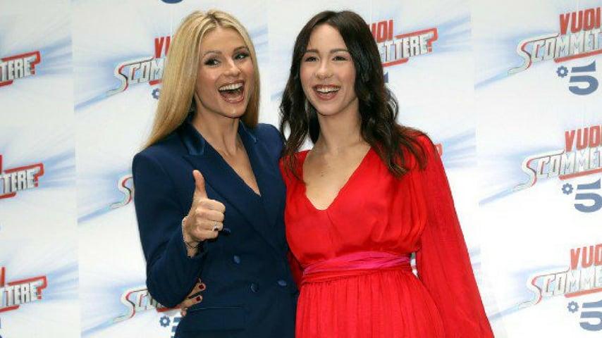 Michelle Hunziker e Aurora alla conferenza stampa per annunciare Vuoi Scommettere?