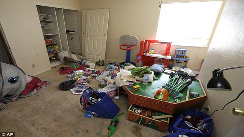 bambini sporcizia california orrore abusi