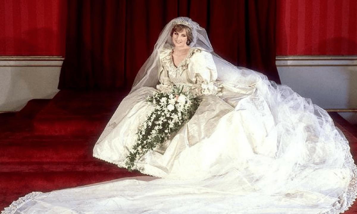 24cadccf5b82 Lady Diana  i segreti del suo abito da sposa