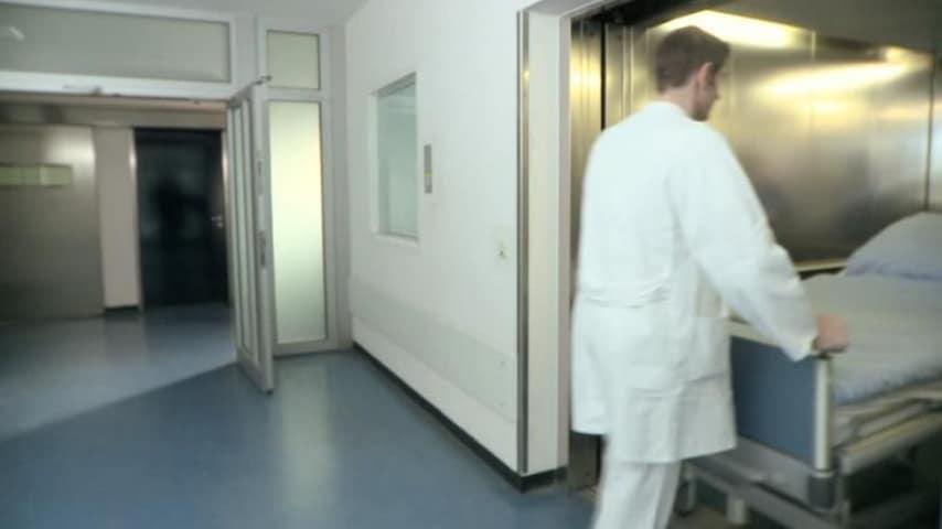 Ascensore di ospedale
