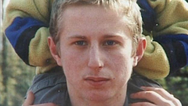 Arrestato per l'omicidio del figlio, muore 3 giorni prima di vedere in galera il vero assassino