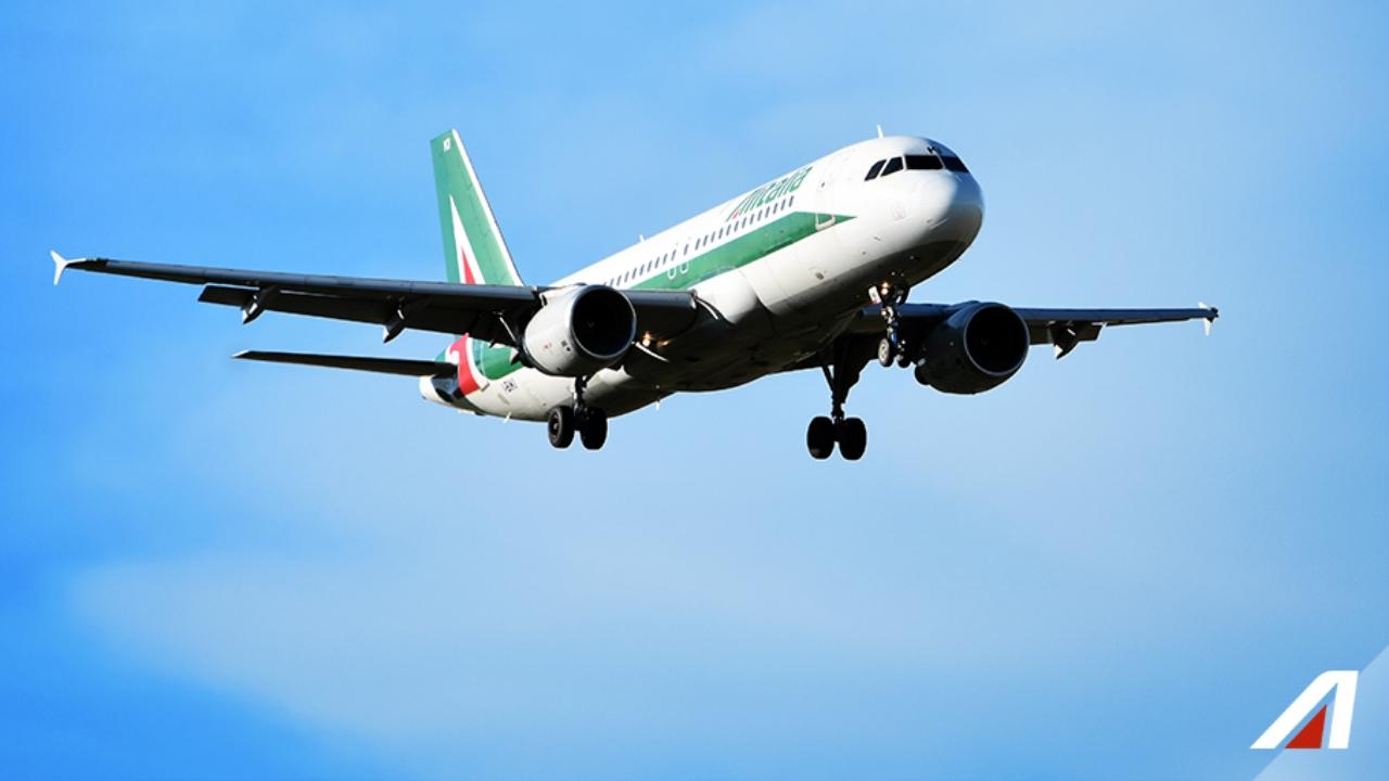 Atterraggio d'emergenza a Fiumicino: 47enne muore in volo
