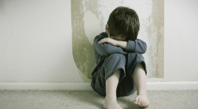 ustioni su un bimbo di 7 anni: sospettata la matrigna