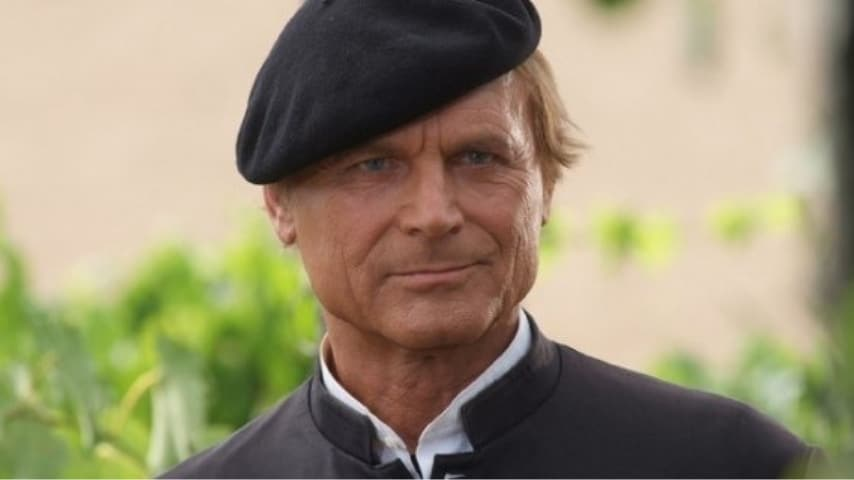 "Terence Hill in ""Don Matteo"""