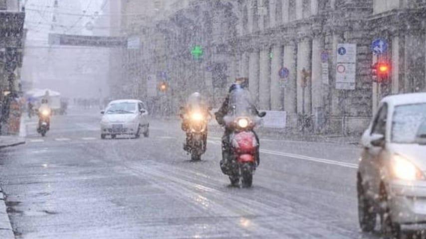 Meteo, in arrivo per il week end una nuova perturbazione: porterà la neve?