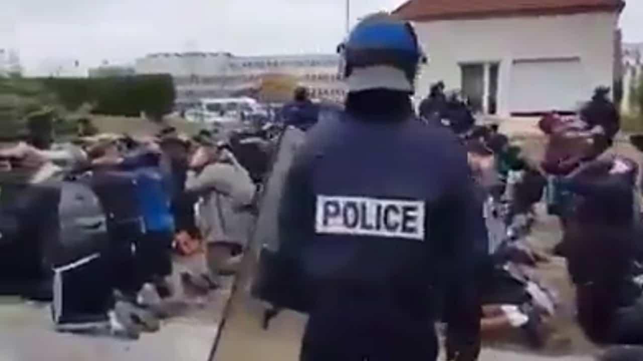 polizia-francia-studenti