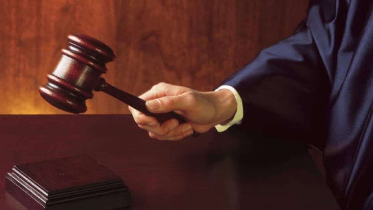 Emoji in tribunale: quando le faccine diventano indizi… e quasi prove