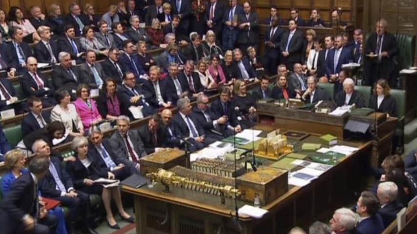 Gli attimi prima del voto sull'accordo. Ansa