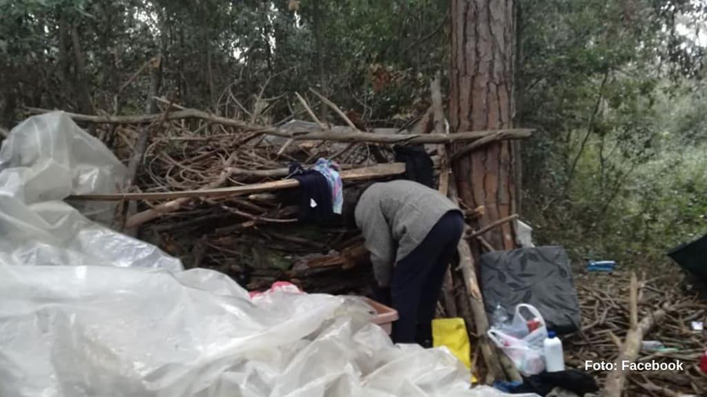 La capanna dove viveva Antonella (Foto Facebook)
