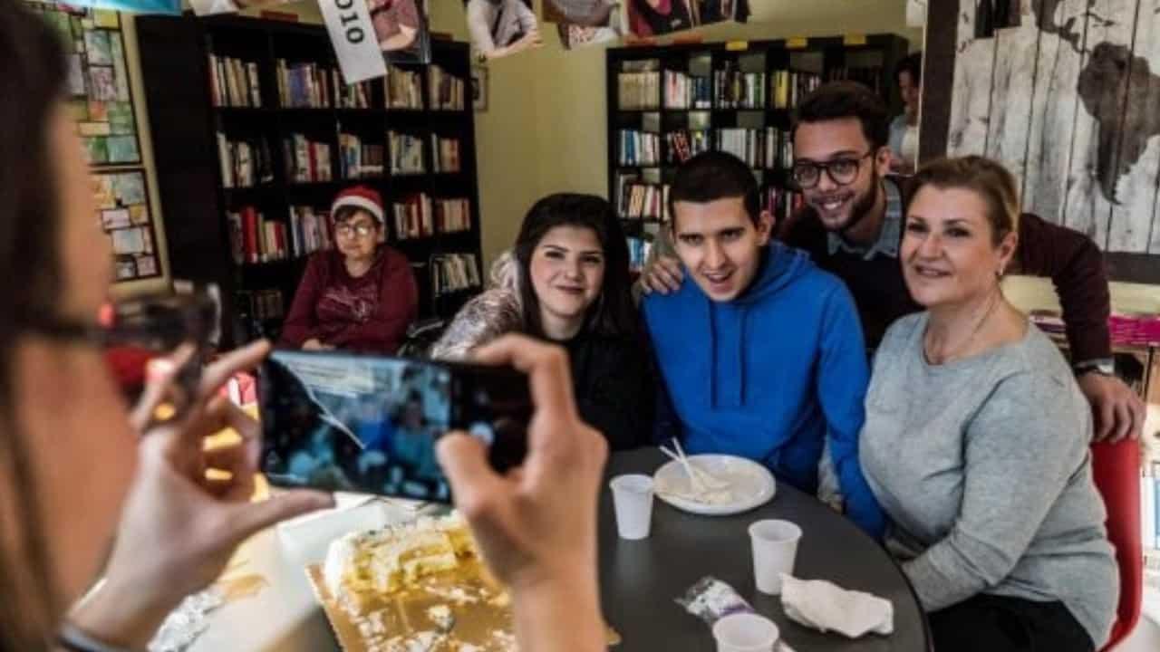 Milano_ scomparso da 3 anni, ragazzo autistico riabbraccia la mamma
