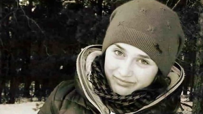 Sbattuta fuori dall'autobus perché senza biglietto, studentessa muore congelata