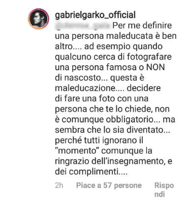 Una fan se la prende con Gabriel Garko: