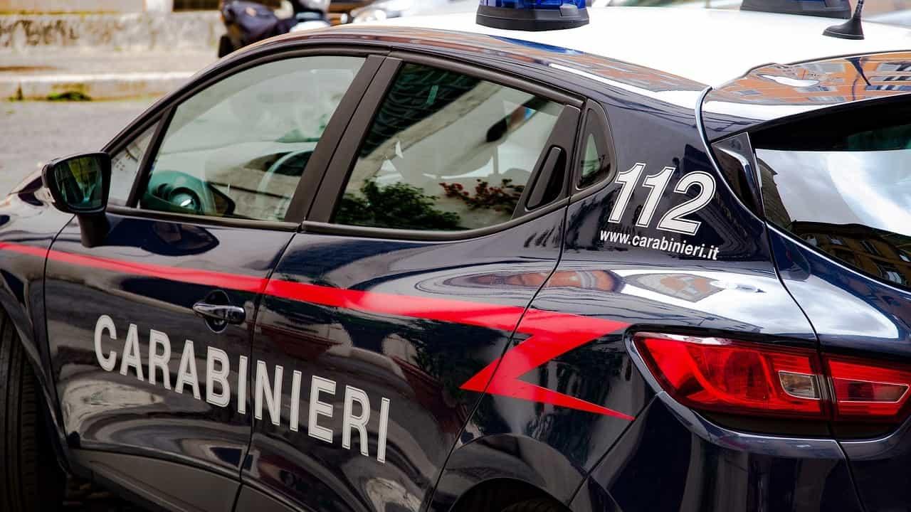 Due anziani si tolgono la vita, i carabinieri indagano per omicidio-suicidio