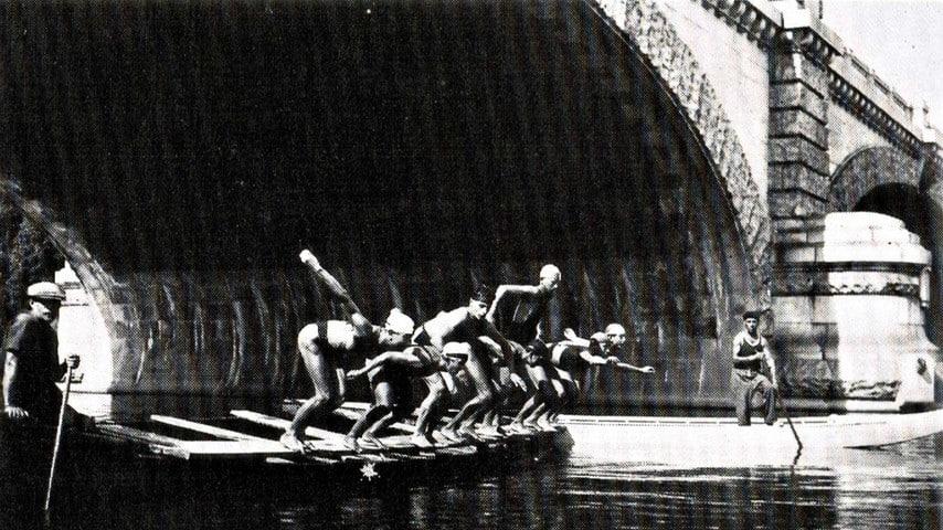 Una delle prime foto del tuffo invernale del Po