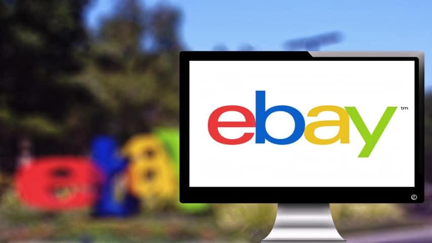 """Vende il marito su eBay: """"18 euro trattabili, reso impossibile"""""""