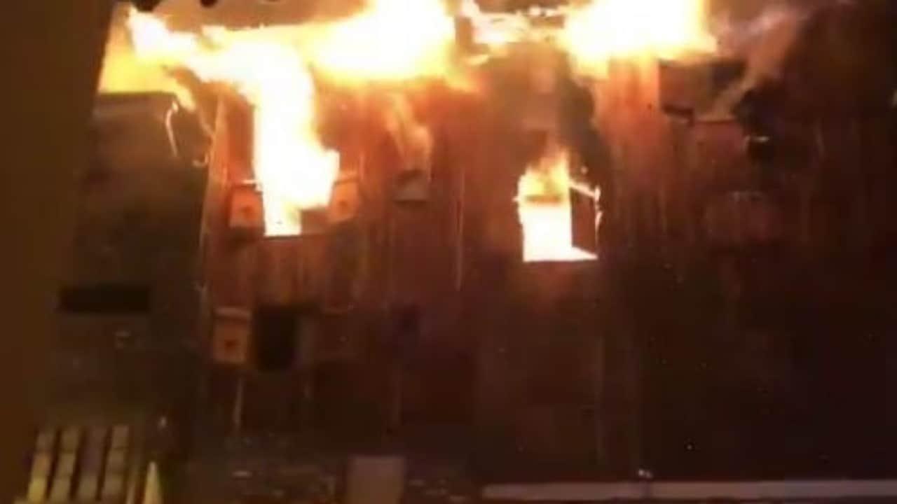 Un incendio è divampato in un resort nelle alpi francesi