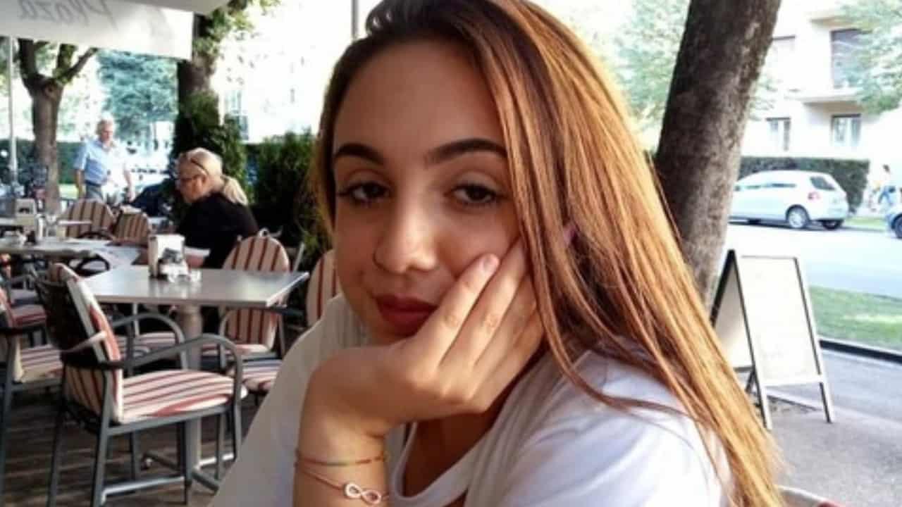 """Jessica, 15 anni scomparsa, l'appello della mamma: """"Sono disperata!"""""""