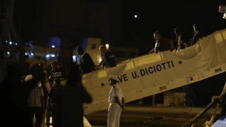 """Salvini sul caso Diciotti: """"Ho agito sempre nell'interesse superiore del Paese"""""""