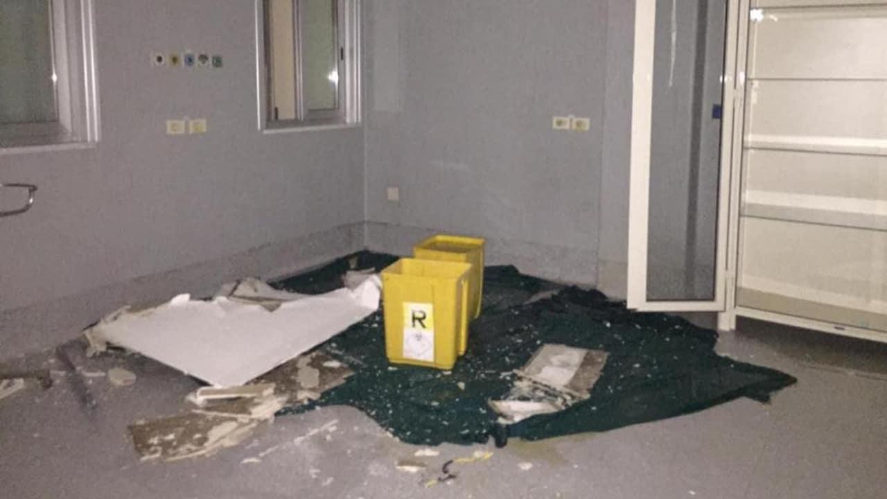 ospedale san giovanni bosco di napoli: crolla soffitto
