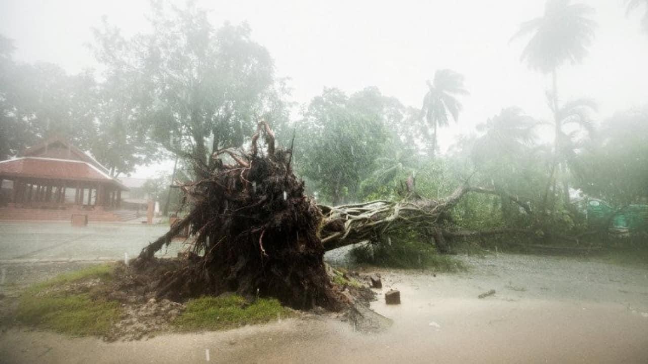 La tempesta tropicale Pabuk sta mettendo in ginoccchio la Thailandia
