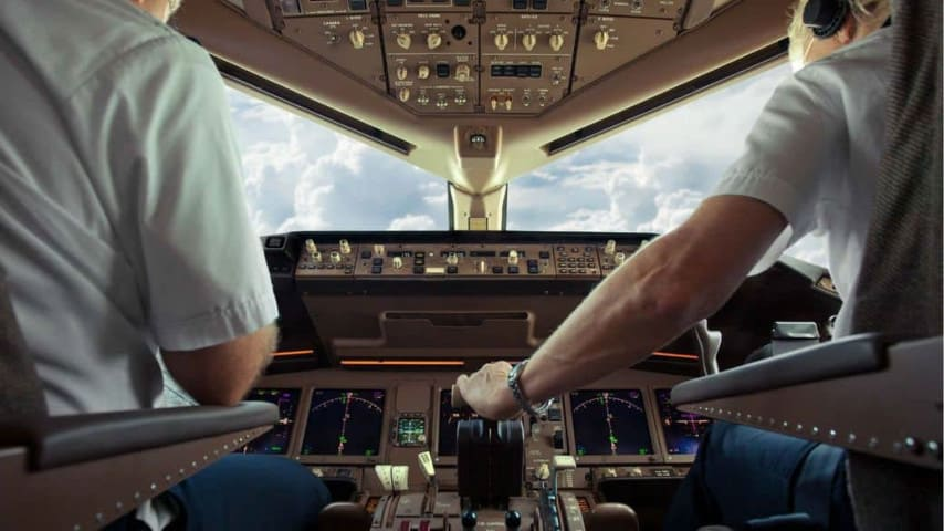Piloti d'aereo: 1 su 4 non dorme abbastanza prima di effettuare un volo
