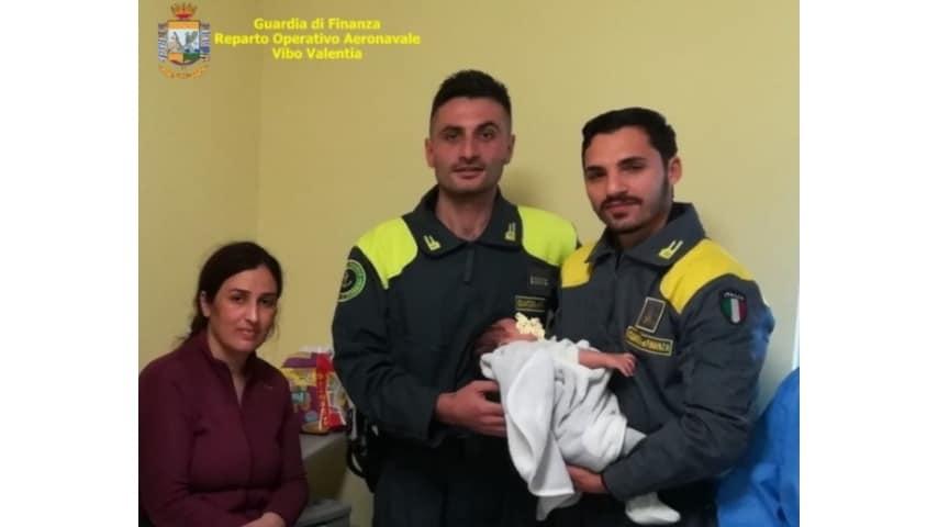 Salvati 51 migranti a Torre Melissa dai cittadini