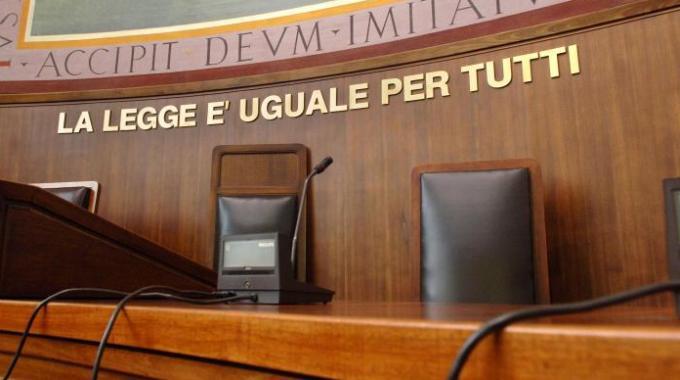 Corruzione, arrestati due magistrati e un poliziotto