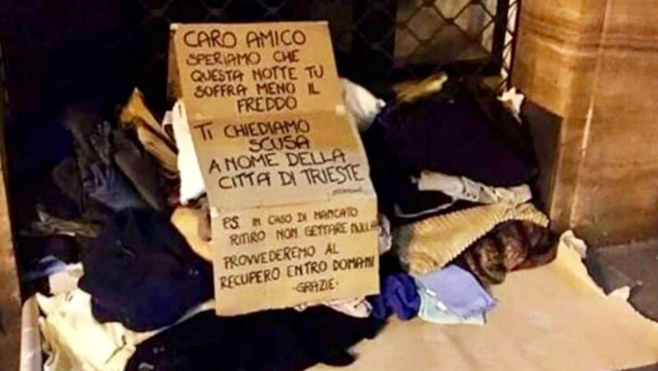 Trieste: vicesindaco butta le coperte di clochard, cittadini le riportano