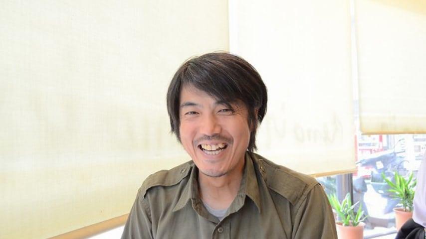 A servizio delle donne con 8 euro all'ora puoi lamentarti con uomo Takanobu Nishimoto