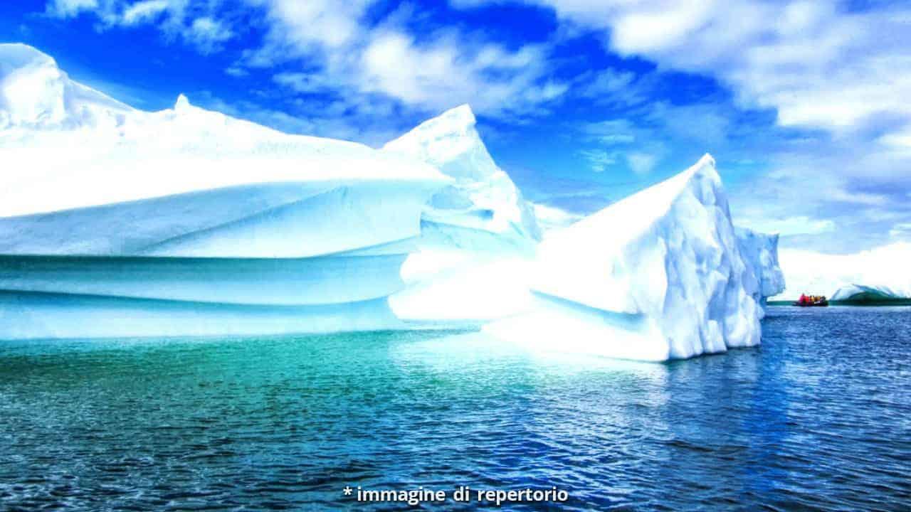 Scoperta in Antartide un'enorme cavità sotto il ghiaccio