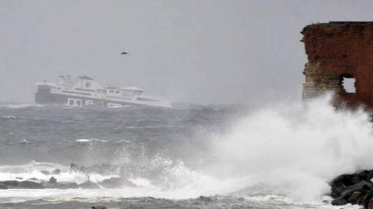 Dramma a Catania, tre ragazzi dispersi in mare