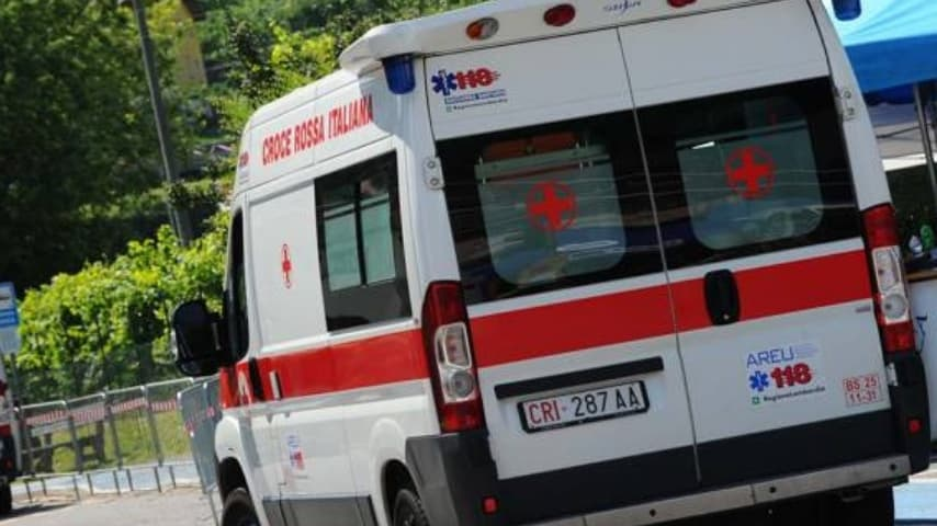 Inutile l'intervento del 118, una volta sul luogo, i soccorritori hanno potuto solo constatare il decesso