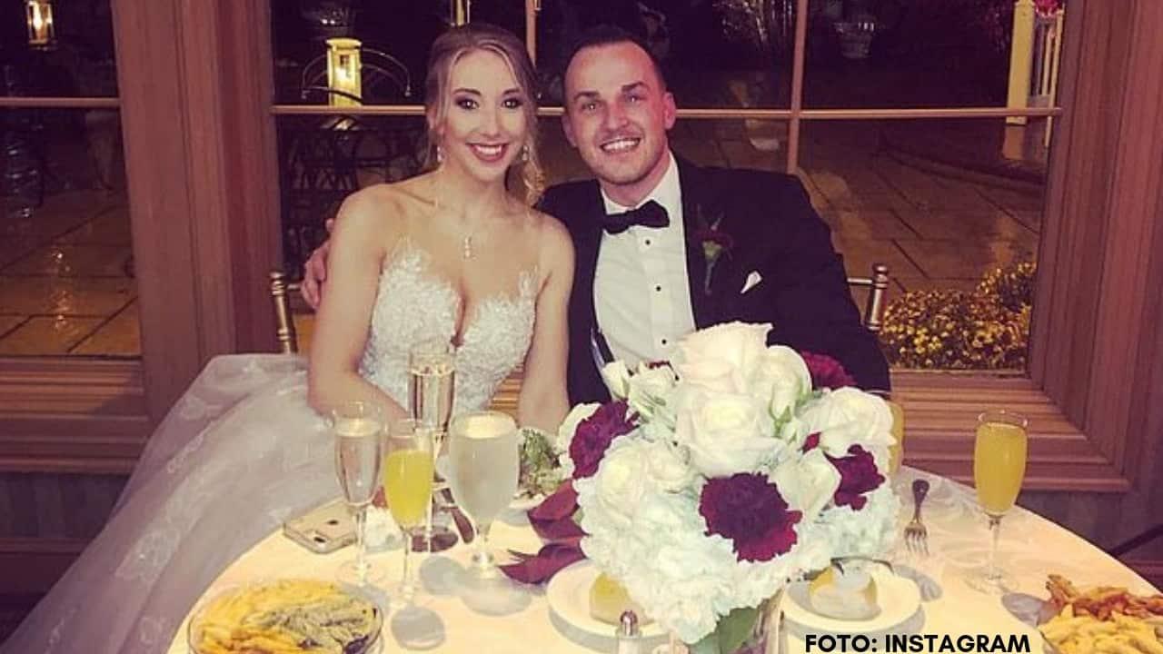 Lo sposo Matthew Aimers