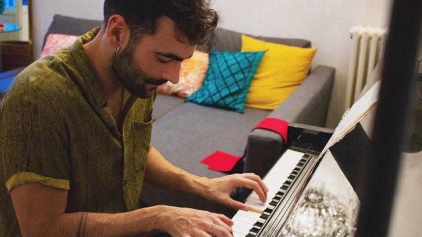 Marco Mengoni, cantante fin dalla più giovane età