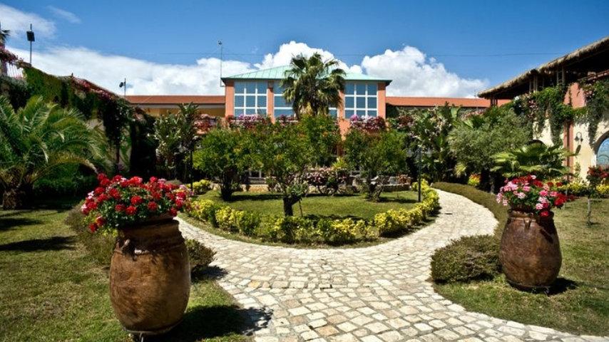 Minerva Club Resort 2