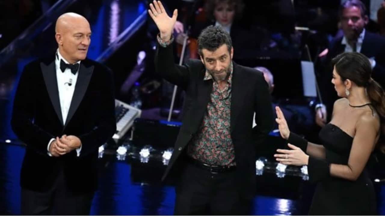 Silvestri sul palco di Sanremo