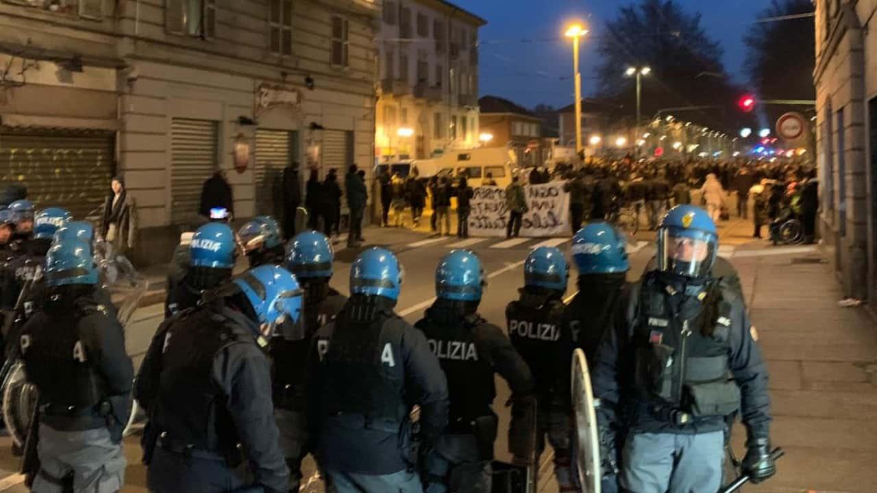 Torino, pomeriggio di guerriglia