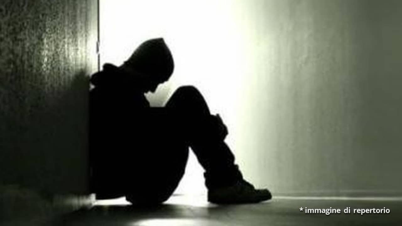 Asiago, ragazzo 19enne trovato impiccato